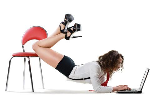 women cyber stalking