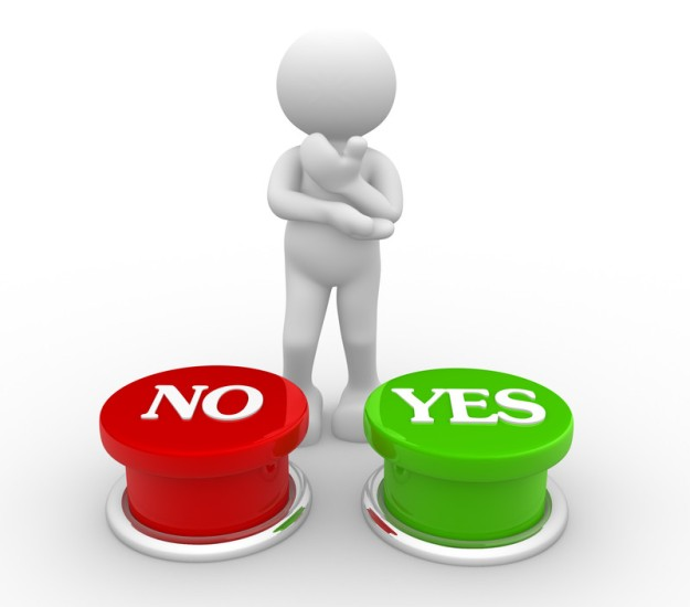 man-choosing-yes or no button