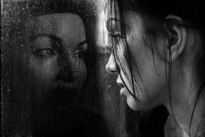A mirror s reflection spoken word poetry art haiku in for Mirror reflection