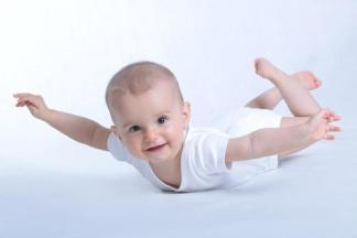 babies-born-planes