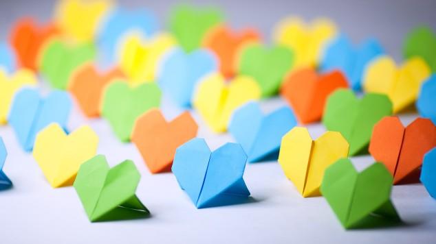 1280-handwritten-love-letters-oragami-hearts